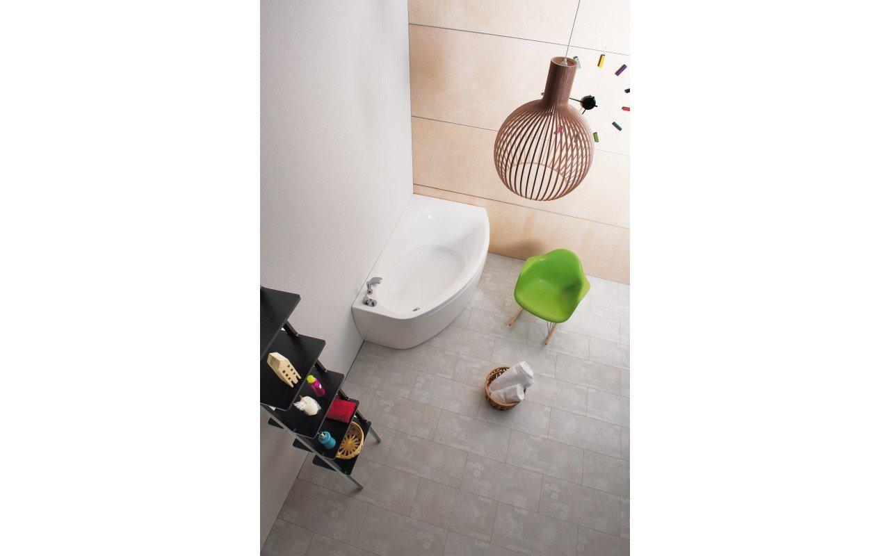 Anette L Corner Acrylic Bathtub DSC5557 8