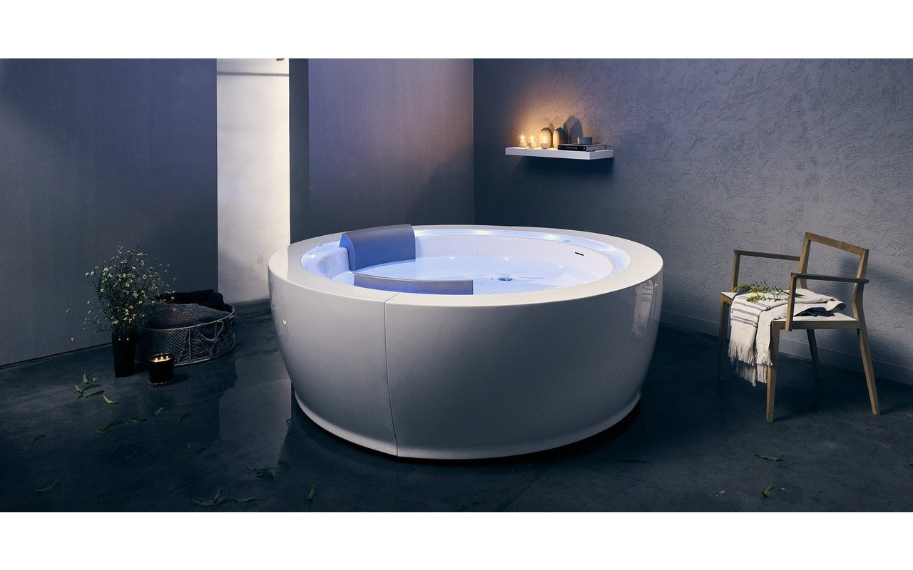 Aquatica Infinity R1 Heated Therapy Bathtub (220V/50/60Hz USA ...