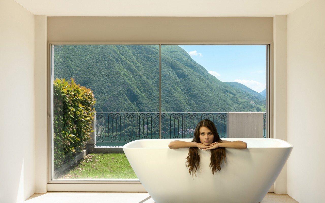 Arabella Wht Freestanding Stone Bath web (5)