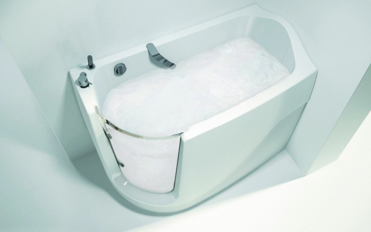 Baby Boomer L Oxygen Spa Jetted Walk In Bathtub 01 (web)
