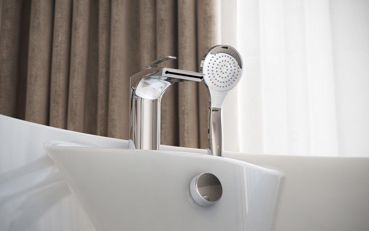 Bollicine d 121 faucet deck mounted tub filler chrome by Aquatica 04 (web)