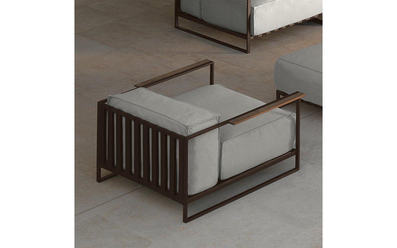 Casilda living corner garden armchair mokka and white beige cushions (web)
