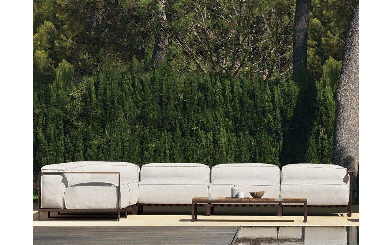 Casilda living corner garden sofa and table (1) (web)