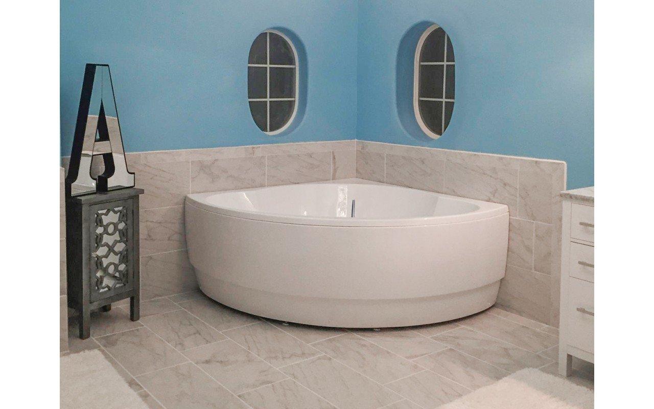 Cleopatra wht corner acrylic bathtub by Aquatica 09 (web)