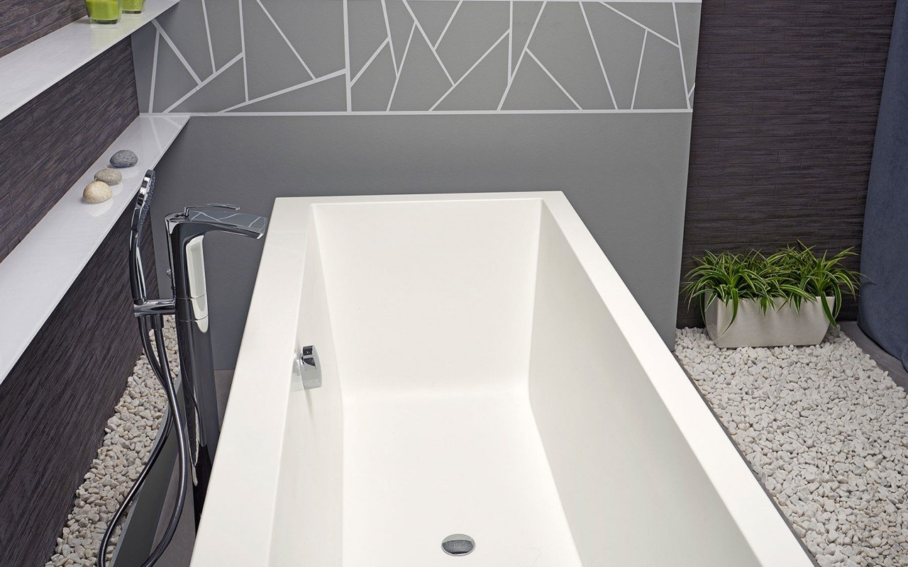 Continental Wht Freestanding Solid Surface Bathtub by Aquatica web (8)