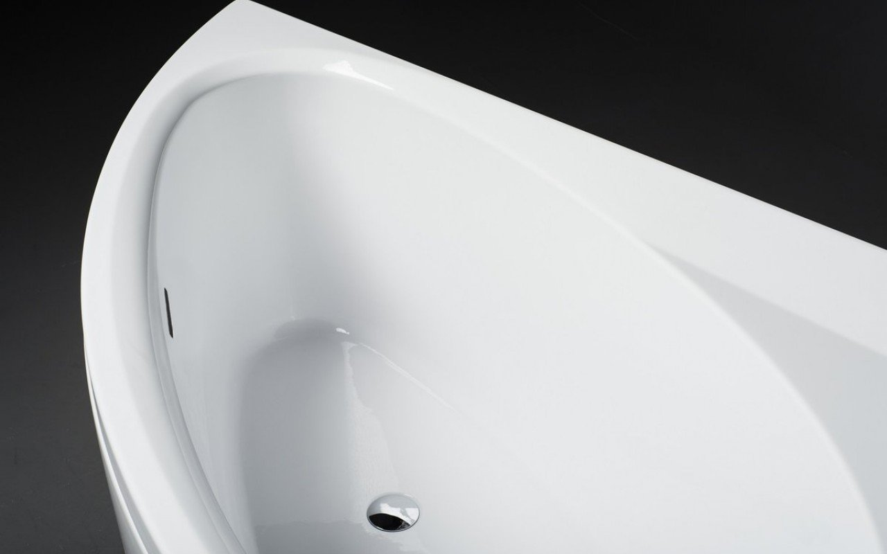 Idea L Wht Corner Acrylic Bathtub 3 1 (web)