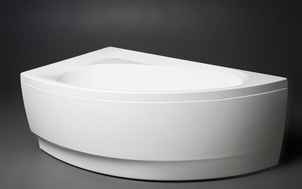 Idea R Wht Corner Acrylic Bathtub 1 (web)