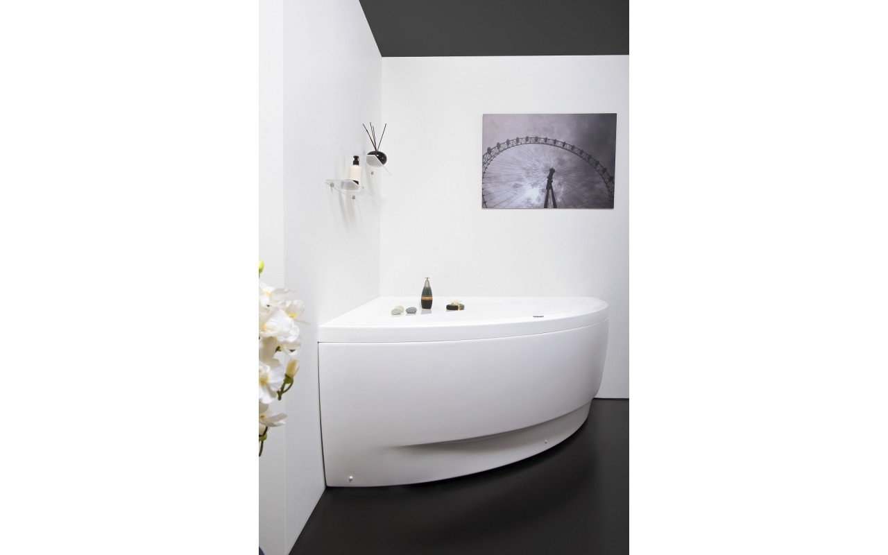 Olivia Relax Corner Acrylic Air Massage Bathtub by Aquatica web DSC2581