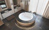 Allegra wht built in relax acrylic bathtub by Aquatica 02 (web)