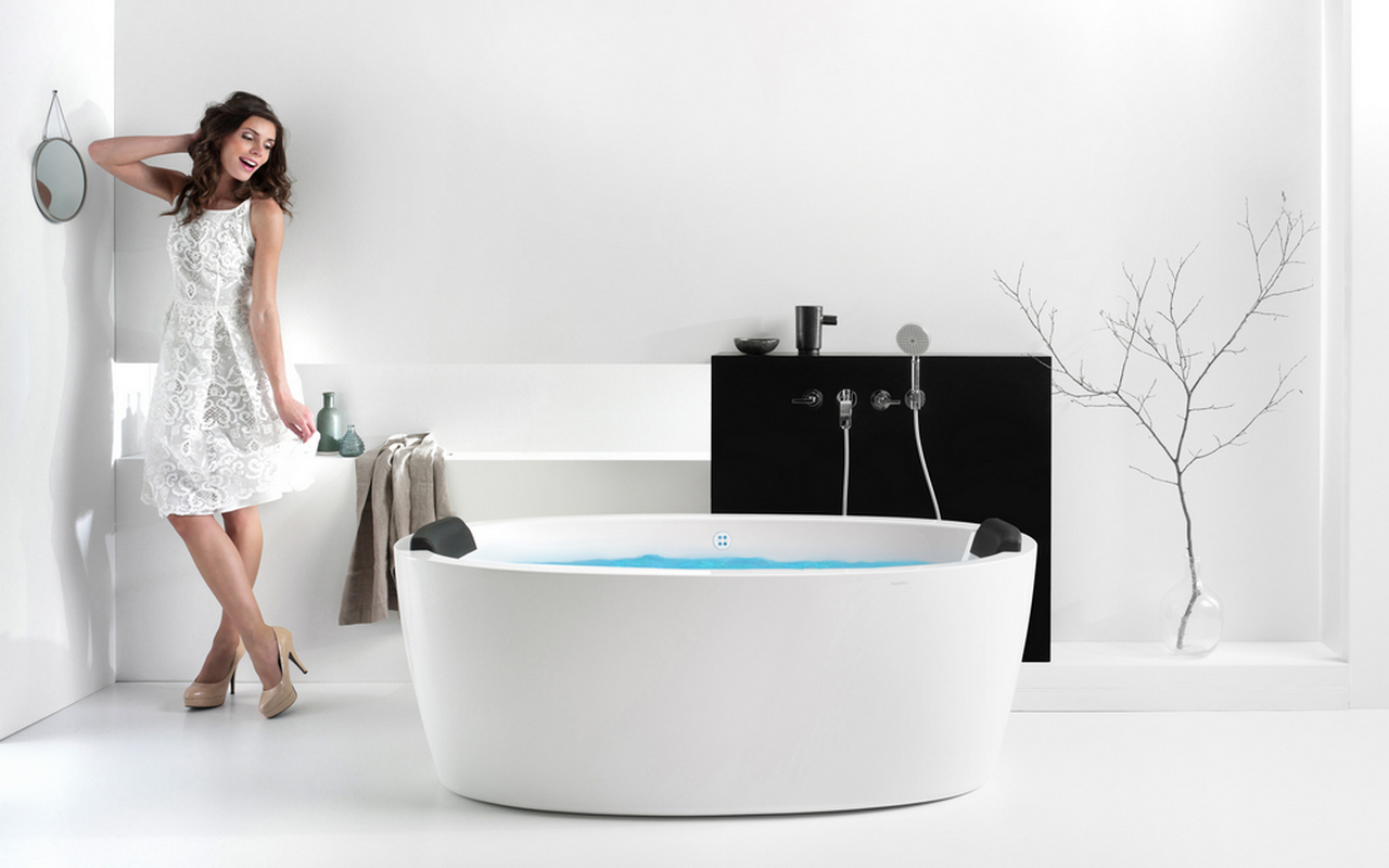 Aquatica Purescape™ 174A-Wht Relax Air Massage Bathtub