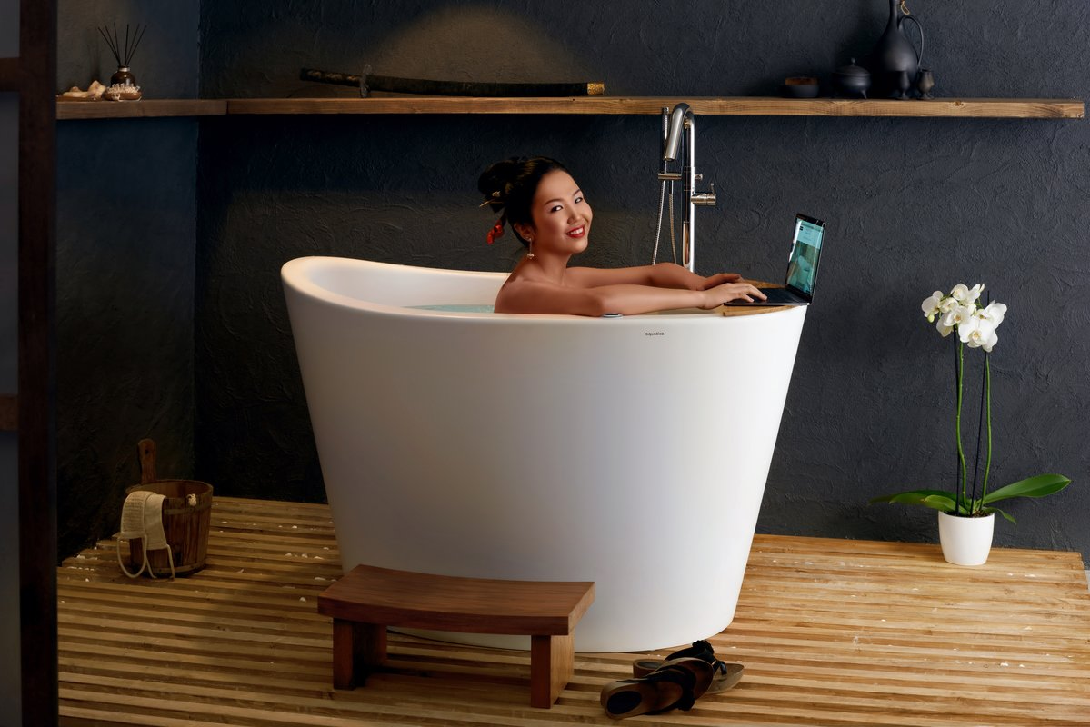 Aquatica True Ofuro Tranquility Heated Japanese Bathtub US version 110V 60Hz 01 (web)