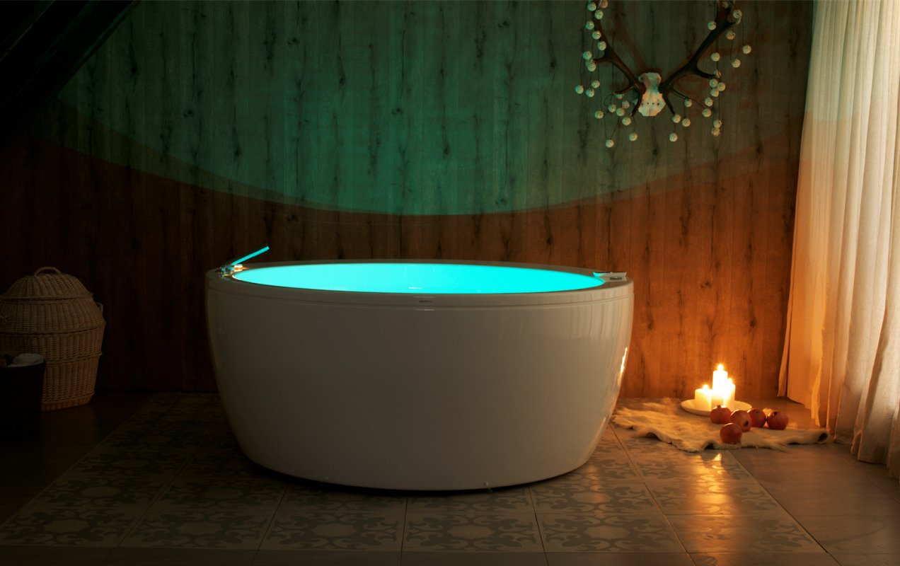 Aquatica Pamela-Wht Relax Air Massage Acrylic Bathtub