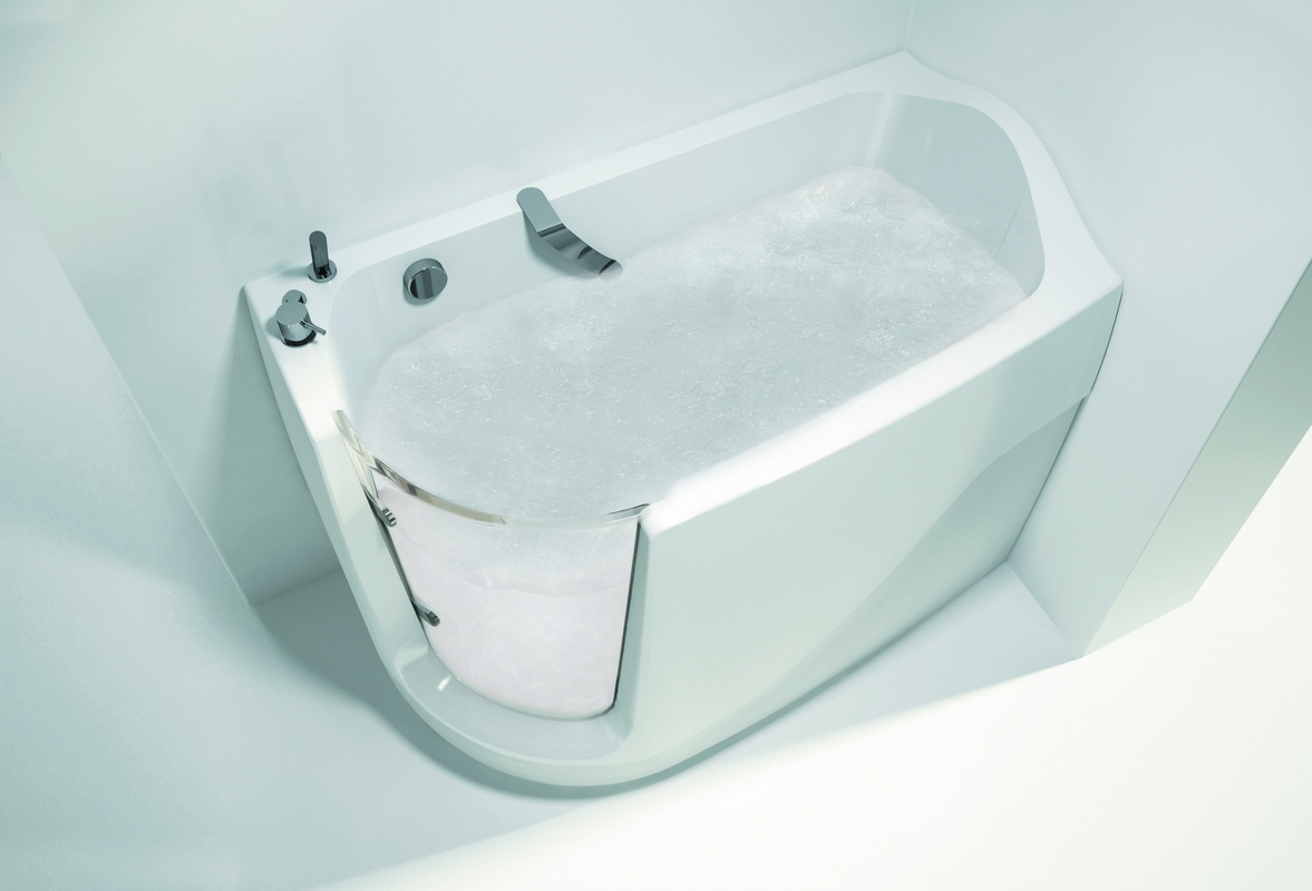 Aquatica Baby-Boomer-L™ Oxygen Spa Corner Jetted Walk-In Bathtub ...