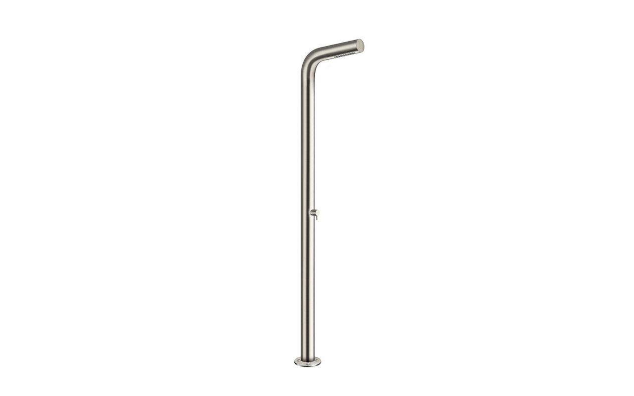Gamma 520 freestanding outdoor shower (web) 01
