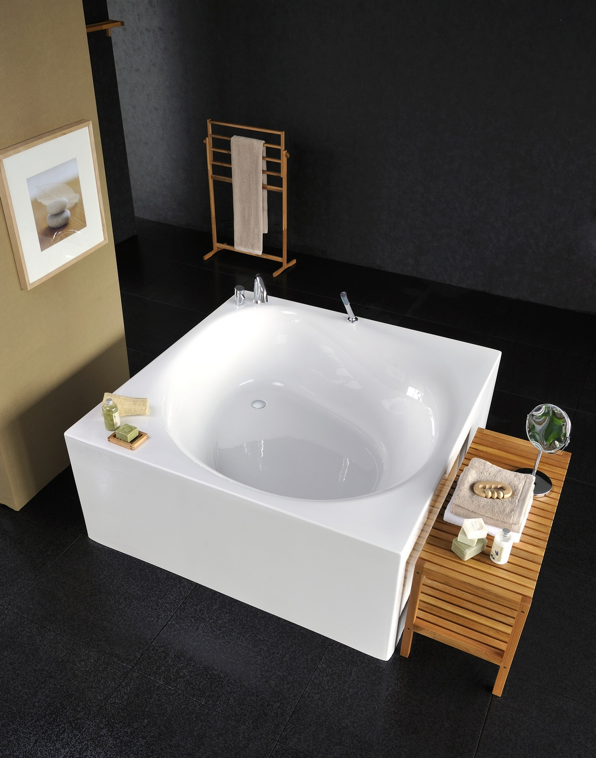 Square Tub Aquatica Liquid Space Freestanding Acrylic Bathtub