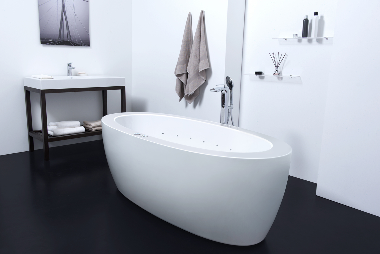 Aquatica Purescape™ 174B-Wht Relax Pro Bathtub (US version 110V/60Hz)