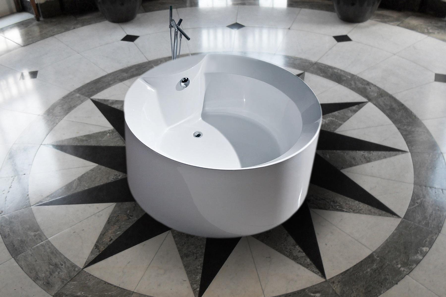 Aquatica PureScape 141 Freestanding Acrylic Bathtub