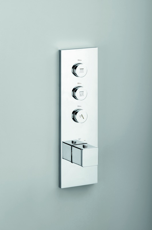 SQ 723 V Throughput Thermostatic Valve with 3 Independent Volume Controls 01