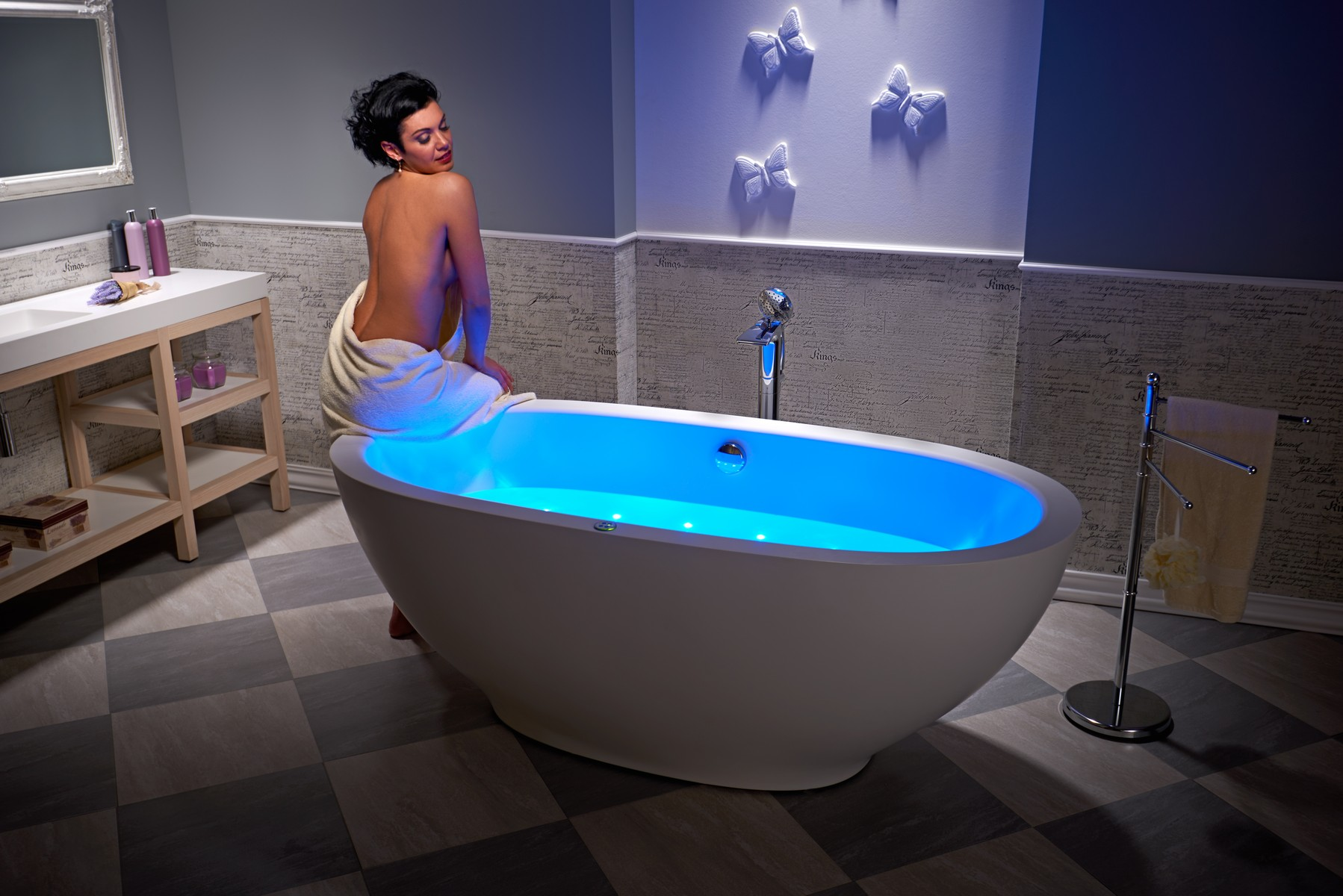 Karolina Relax Solid Surface Air Massage Bathtub Fine Matte by Aquatica web (5)