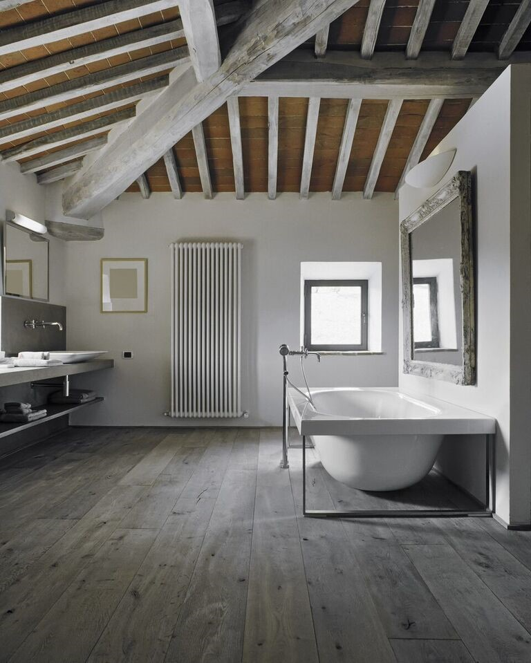 bathrooms_with_rustic_style